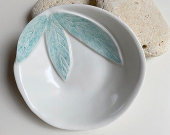 Nature inspired jewelry dish - leaf trinket dish