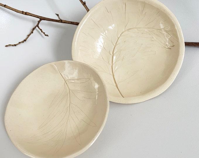 Pressed leaf trinket dish - ceramic jewelry dish - white decorative plate set