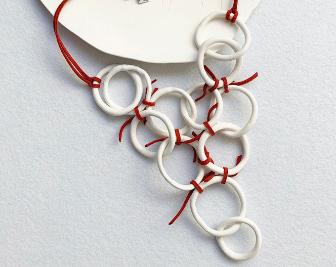 Statement interlocking circle necklace - large porcelain necklace
