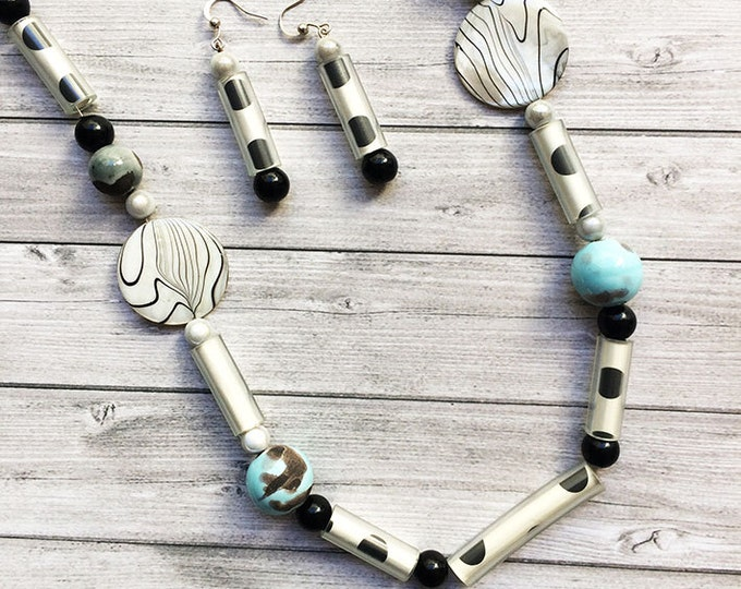 Long necklace paper and beads - mother of pearl and ceramic beads necklace - dots pattern black and white - necklace and earrings set