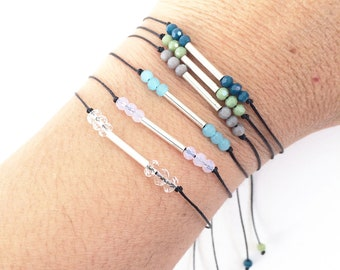 Friendship bracelet silver - adjustable bracelet - simple beaded bracelet - delicate bracelete - silver and glass beads bracelet -girlfriend