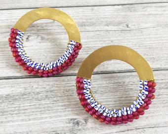 Statement beaded circle stud earrings - open circle brass earrings - geometric seed beads earrings