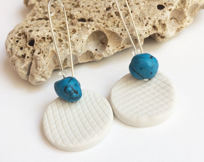 Porcelain circle earrings with turquoise stone