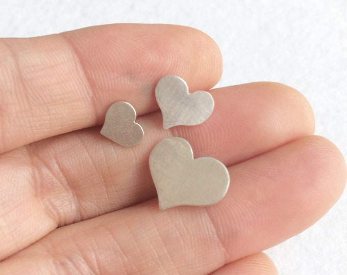 Three silver hearts stud earrings - three different sizes heart earrings - heart earrings set - minimal heart earrings