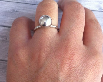 Ball silver ring - Statement ring - orb  simple ring