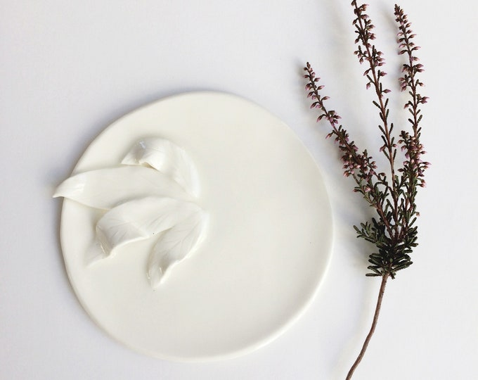 Decorative ceramic leaf plate - white porcelain jewelry dish - minimalist modern ceramics - cozy home decor -  housewarming ceramic gift