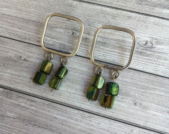 Stud silver earrings - square shape - dangle and drop mother of pearl green - bold earrings