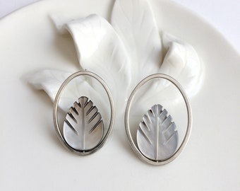 Mother of pearl leaf earrings - sterling silver - open oval stud earrings - modern and contemporary jewelry - elegant jewelry gift for her