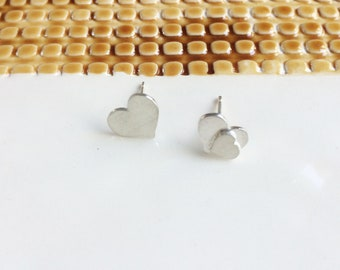 Mismatched heart silver earrings - asymmetrical stud earrings - tiny hearts earrings