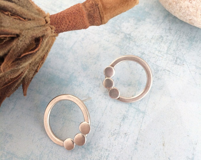 Open circle earrings - sterling silver - minimalist earrings - circle and disc - geometric jewelry - modern style - simple - gift for her