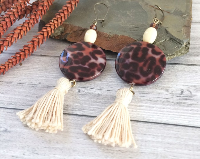 Leopard earrings - long tassel earrings - animal print - beaded earrings brown and bege -modern statement earrings -fashion leopard earrings