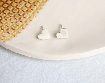 Heart stud earrings - sterling silver - minimal earrings - tiny hearts earrings - minimalist jewelry - heart jewelry - girlfriend gift