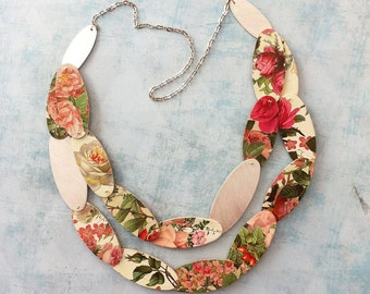 Bold floral paper necklace - statement roses necklace - modern paper jewelry - contemporary floral jewelry - avantgarde - gift for women
