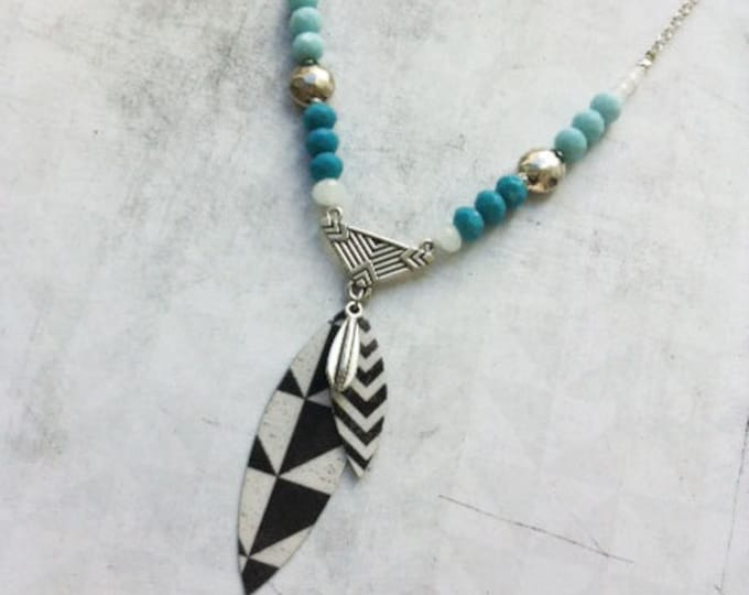Boho chic Necklace with geometric pattern black and white - paper necklace