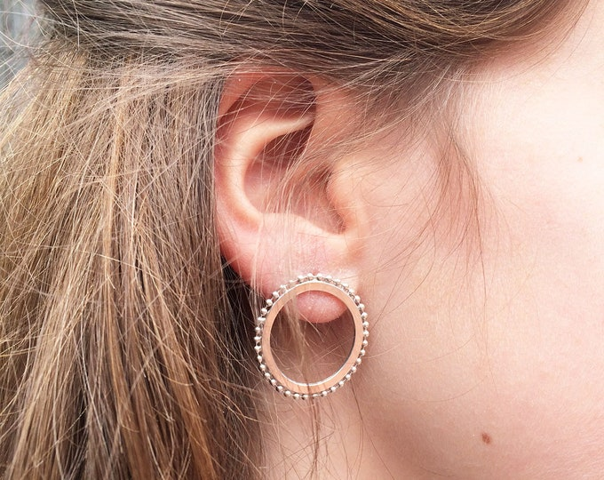 Stud open circle silver earrings - unique hoop earrings - circle dot earrings