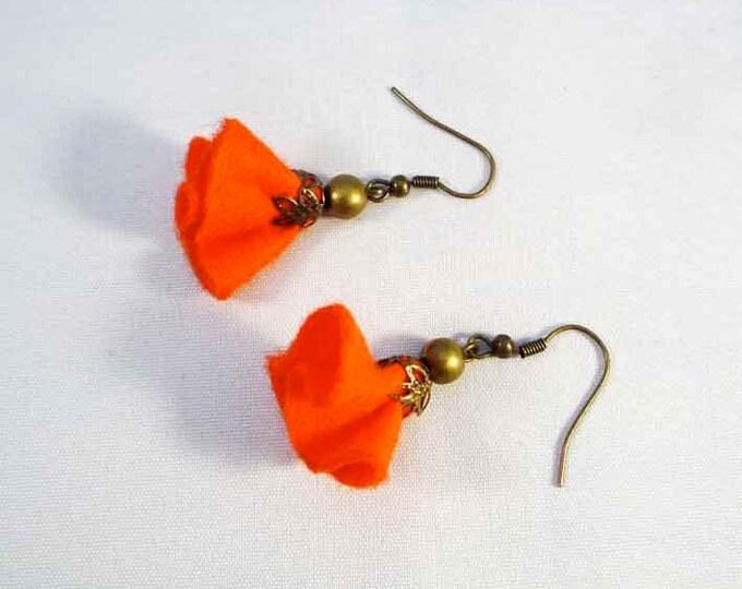 Felt Earrings - felt flower earrings - dangle and drop earrings - textile jewelry - brass - wire on earrings