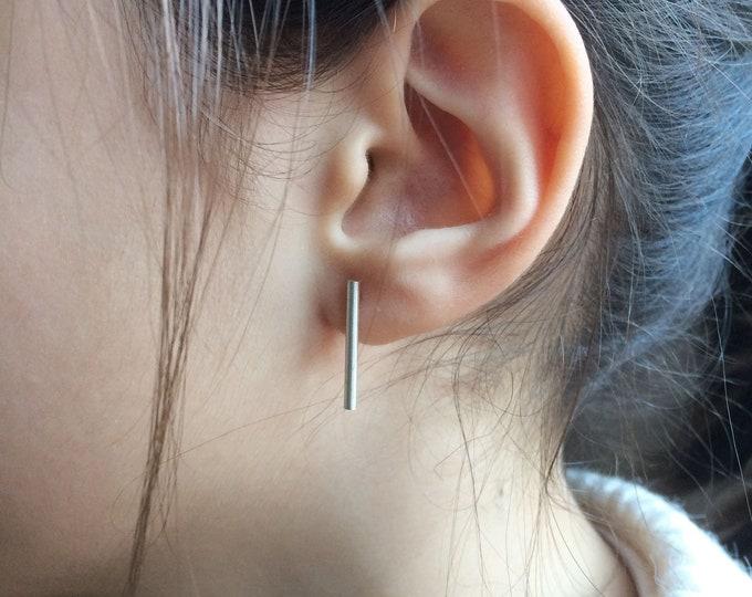 Small stud bar earrings - dainty silver stud earrings