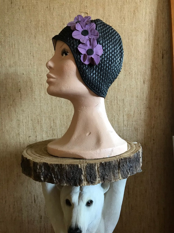 White swim cap hat / 1950-60 Vintage / Black with