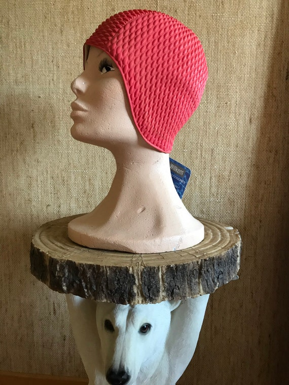 Rasberry red swim cap hat / Deastock Vintage Finla