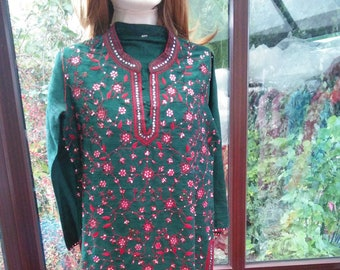 162c71f9f5bfb Indian Silk sparkling green lined indian gold silver metallic embroidered  beaded   sequined tunic size UK10 USA6
