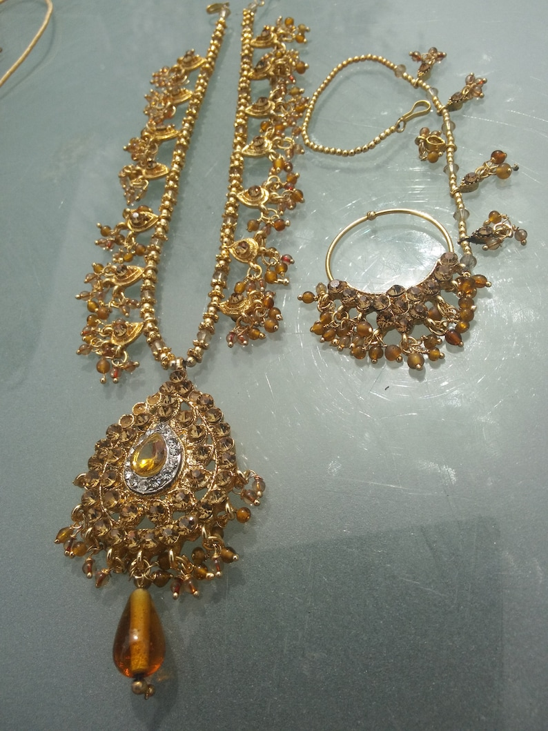 jewellery set Indian handcrafted vintage set in faux gold long statement necklace ajustable chain fastener 2226 inches sent in gift box