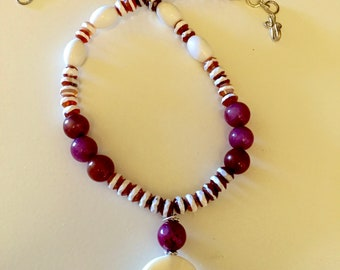 Agate and Serpentine Necklace, Red and White Necklace, White Agate and Red Serpentine Choker Necklace  Everyday Necklace