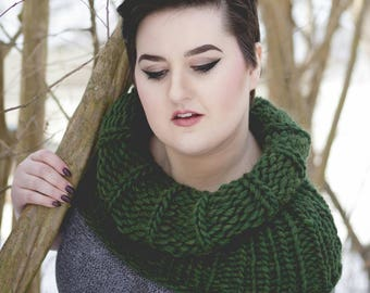 Extra Thick Outlander Wool Cowl in Shire Green
