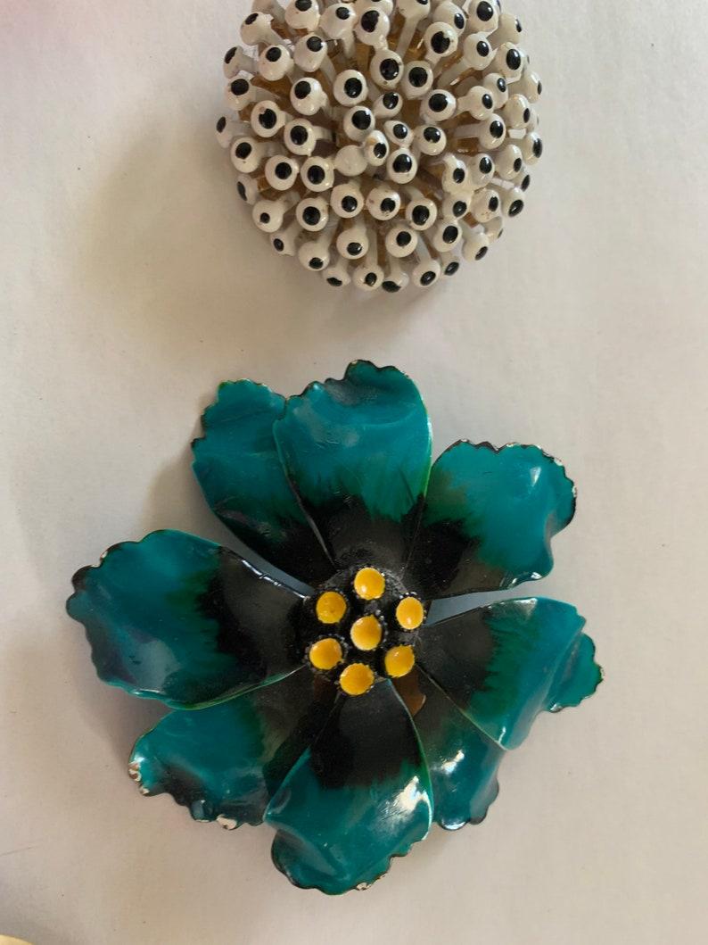 6 Vintage Floral Brooches