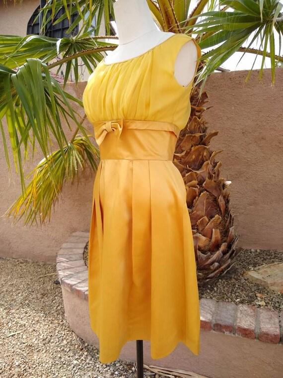 1950s golden yellow sateen and chiffon  dress - image 5