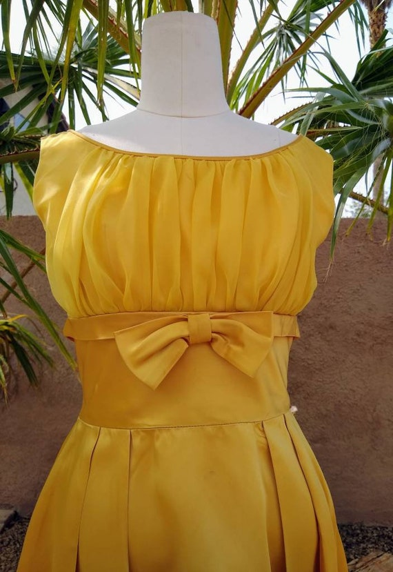 1950s golden yellow sateen and chiffon  dress - image 9
