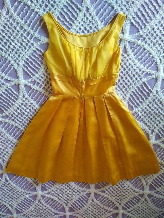1950s golden yellow sateen and chiffon  dress - image 10