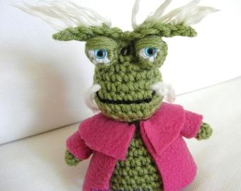 Crochet Pattern for Farscape inspired Rygel Doll