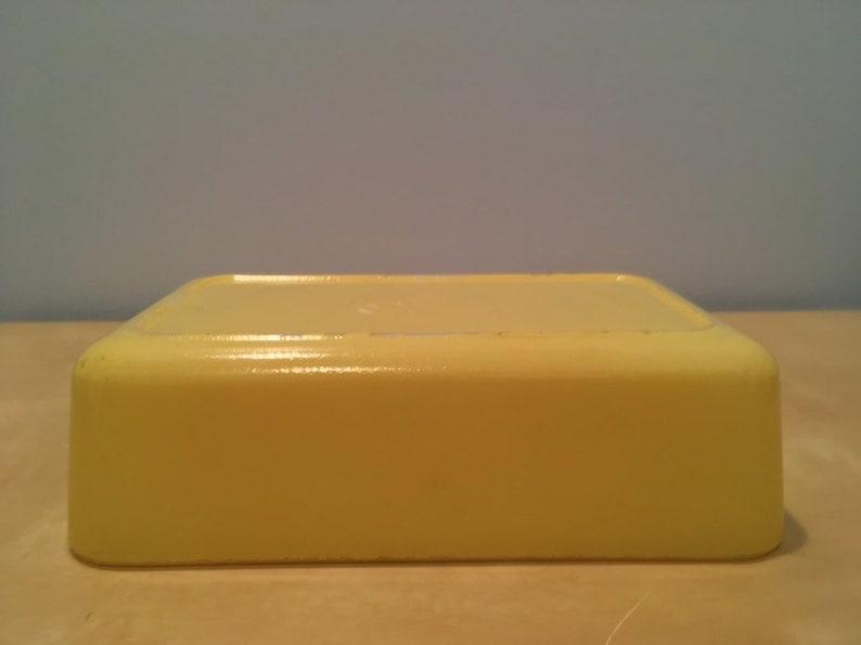 Vintage Yellow Baking Dish Maker Unknown