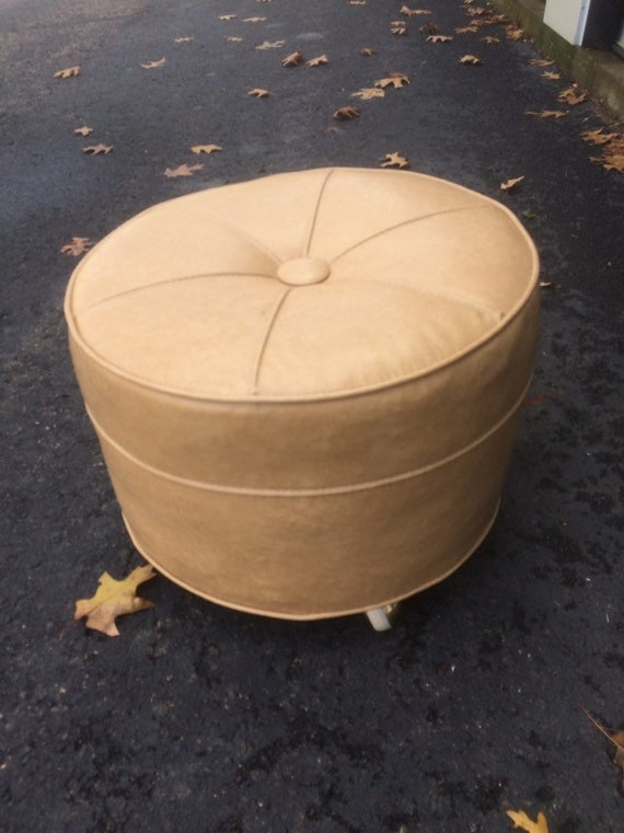 Astounding Mid Century Modern Vintage Round Ottoman On Wheels Caraccident5 Cool Chair Designs And Ideas Caraccident5Info