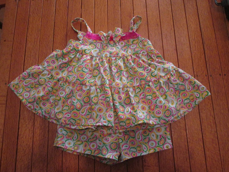 Little Girl/'s Top and Shorts Outfit Size 2 ~ FREE SHIPPING McCalls pattern