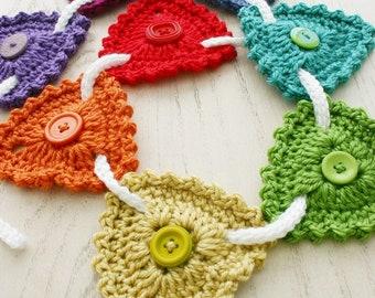 Crochet Pattern, Button Bunting, Rainbow Garland