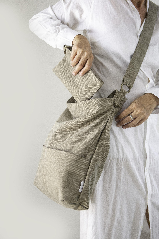 Adybug On Grass Macro Close Up Messenger Bag Crossbody Bag Large Durable Shoulder School Or Business Bag Oxford Fabric For Mens Womens
