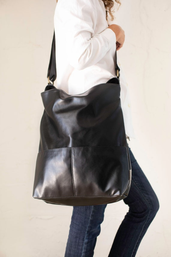 Women/'s Hobo Bag With Black Metal Work Ladies Sttylish Handbags Faux Leather New