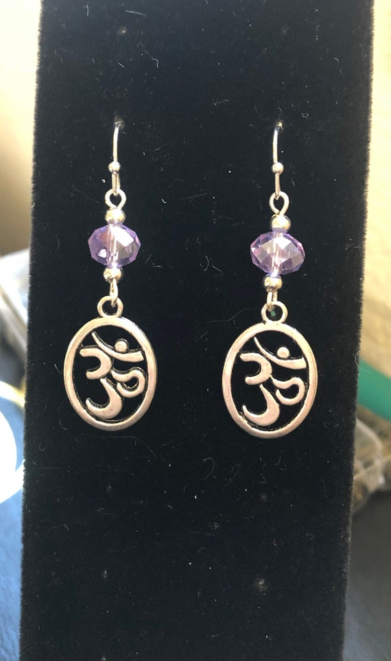 Ohm Yoga Meditation Violet to Blue color changing Earrings