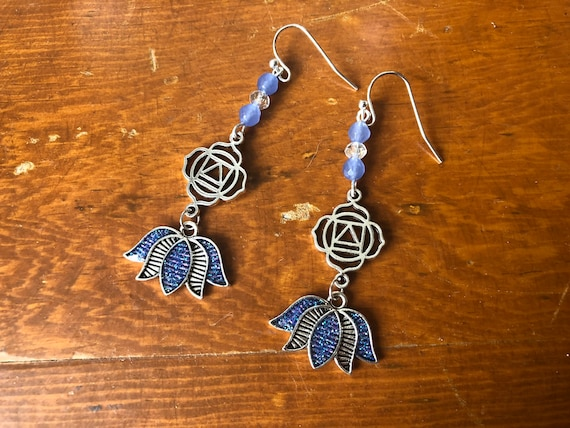 Yoga Meditation Flower Blue Chakra earrings