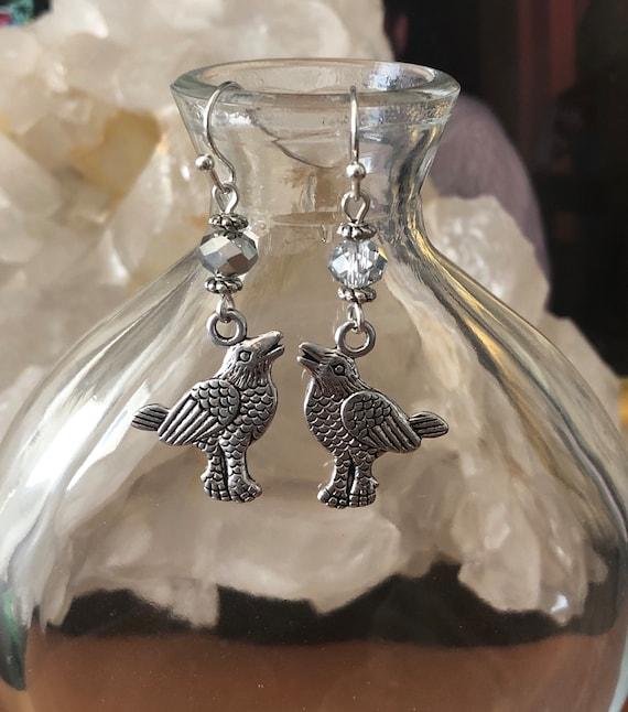 Raven Crow Bird Halloween Tibetan Silver earrings