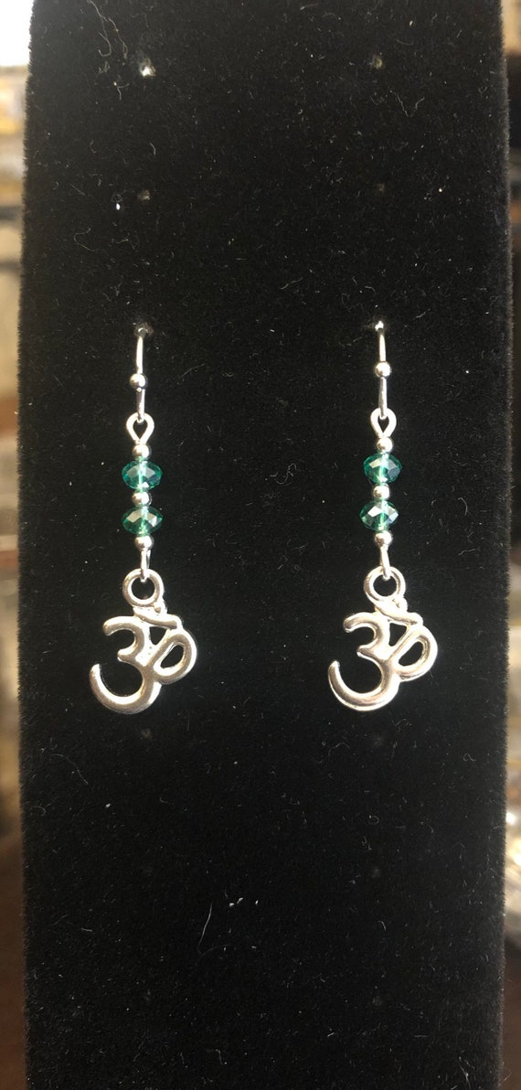 7.00 Ohm earrings Yoga Green Silver