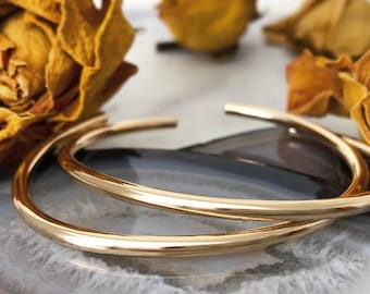 Made in UK Anniversary Gift Double Silver Bangle Interlinked with Gold Rings Birthday Stacking Bangles Hallmarked Bracelet Minimalist