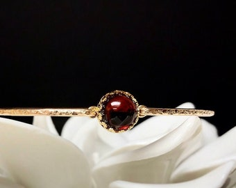 Genuine Garnet Bangle Bracelet / 14k Gold Filled or Sterling Bangle /January Birthstone / Mothers Jewelry / Red Gemstone / Gift for Wife