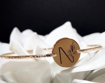 Custom Botanical Initial Bangle Bracelet / 14k Gold Filled or Sterling Silver Initial Jewelry / Engraved Friendship Plant Lover Gift