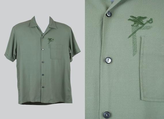 """Vintage 1950s 1960s """"DaVinci"""" Rayon Embroidered Sh"""