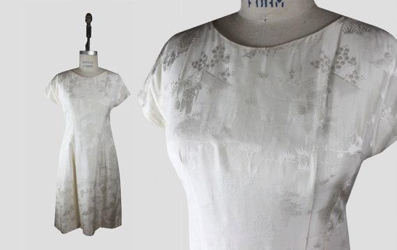 Silk 1950s Ivory Asian Toile Jacquard Dress M-L |