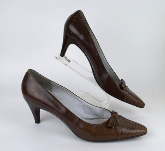 Vintage 1950s Dior Brown Leather heel w/ Bow / 50s