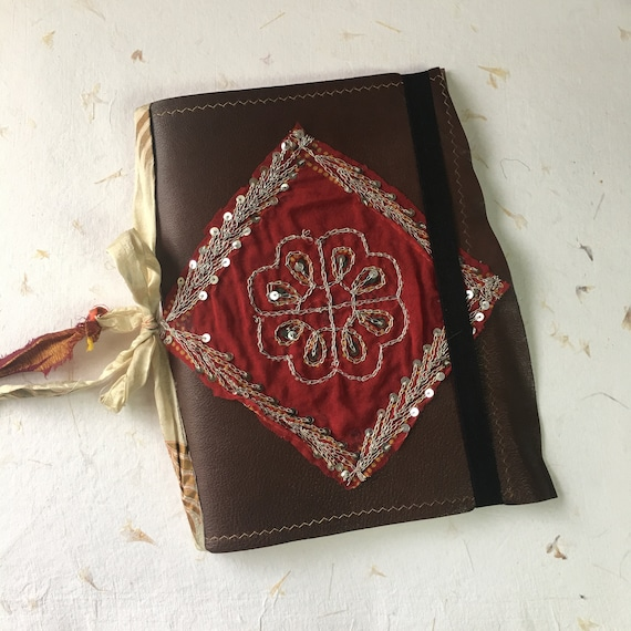 Art Journal, Cotton Paper, Leather Journal with Indian Textile, Notebook, Calligraphy, Fountain Pen Friendly, Sketchbook, Travel Journal, B5