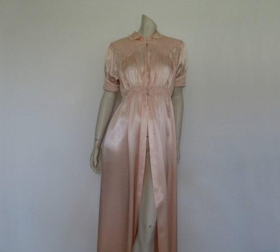 1940s Quilted Peach Satin Robe, Peignoir - Bust 91